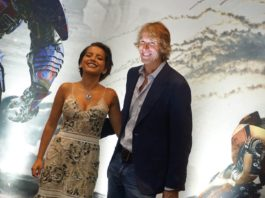 Michael Bay e Isabela Moner