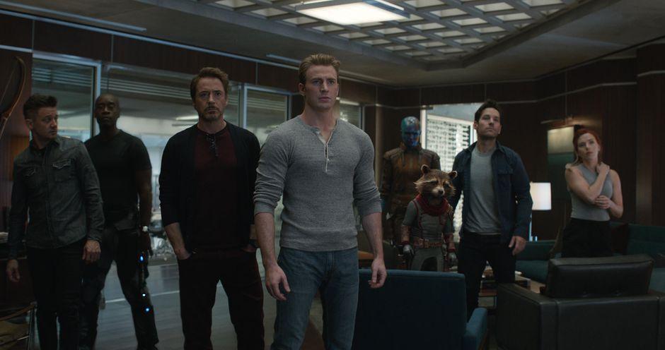 Análise Vingadores: Ultimato, Delfos, Vingadores reunidos em Ultimato