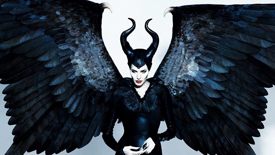 Crítica Malévola: Dona do Mal, Crítica Malévola 2, Angelina Jolie, Delfos